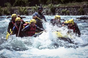 rafting-team-building
